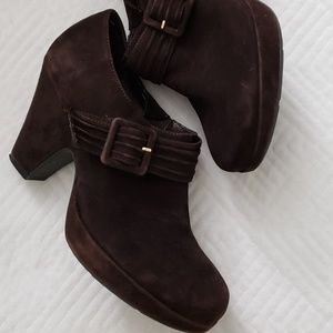 Me too- Suzzie dark brown suede booties